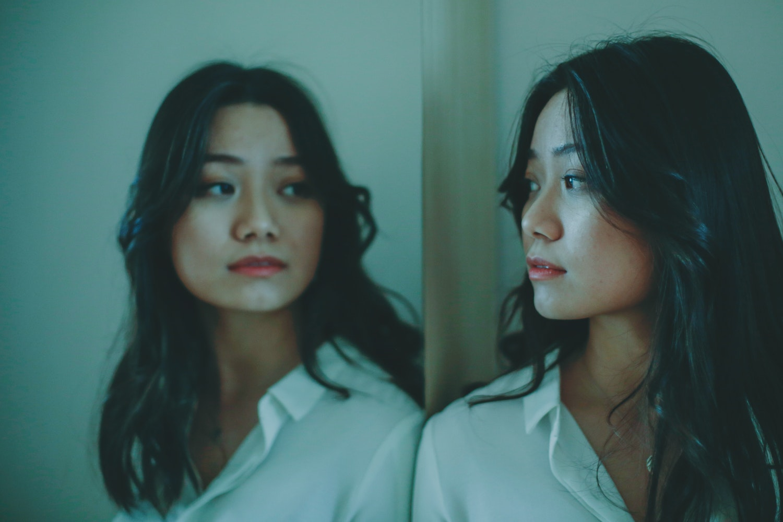 Borderline Personality Disorder, Distinguishing Borderline Personality Disorder from Bipolar Disorder